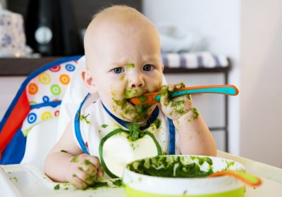BLW Yöntemi ile ek gıdaya geçiş