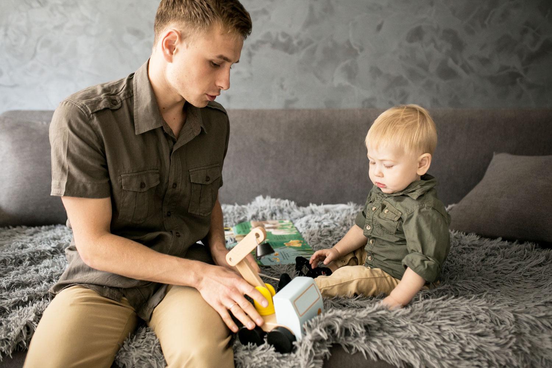 Bebeklerin kaba motor, ince motor gelişimi