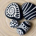 Desenli taş boyama örneği - Pinterest