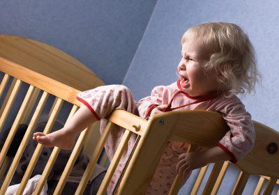 Bebeklerde uyku sorunları ve çözüm yolları.