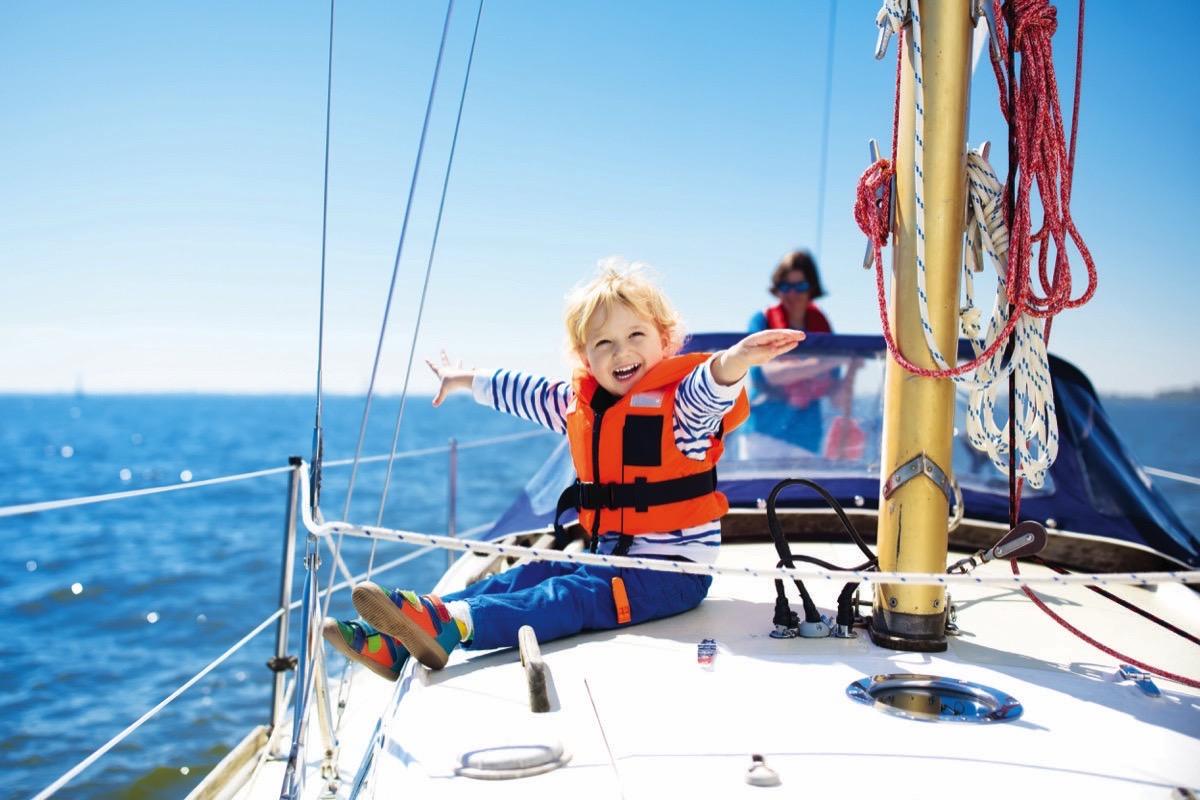 Çocuk yaşta yelken öğrenimi